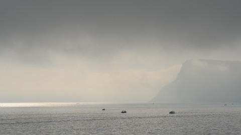 Boats on the sea in the fog ビデオ