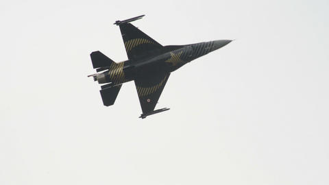F 16 Figthing Falcon turkish afterburner 10994 Stock Video Footage