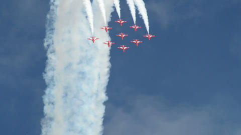 Red Arrows jet formation nosedive 10998 Footage