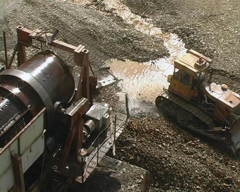 Strip Mining. Draga Footage