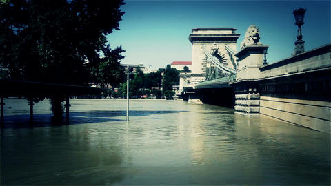 2013 Flood Budapest Hungary 43 chain bridge Footage