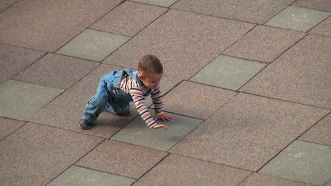 Baby crawling on all fours Stock Video Footage