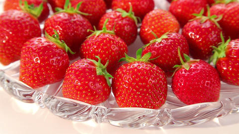 ripe strawberries - dolly shot of strawberry Footage