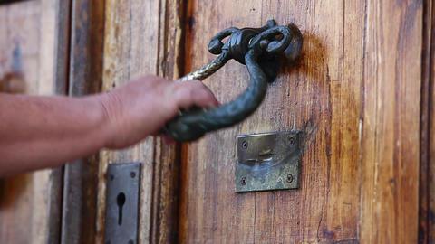 oak door opens Stock Video Footage