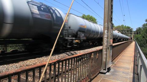 Trains 0