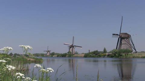 Dutch windmills at Kinderdijk Stock Video Footage