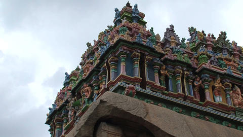 Colorful statues at the The Meenakshi Temple Stock Video Footage