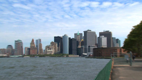 New York City skyline 2010 zoom out Stock Video Footage