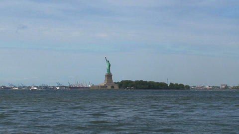 Short and fast zoom out from The Statue of Liberty Footage