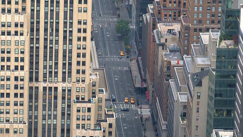 City street zoom in Stock Video Footage