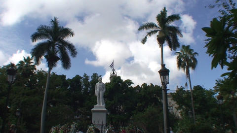 Statue of Carlos Manuel de Cépedes plaza Stock Video Footage