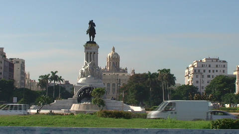 Traffic and Statue of Màximo Gómez Stock Video Footage