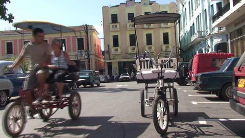 Che Guevara on building oldtimer panshot Stock Video Footage