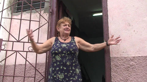 Cuban woman singing on the street (spanish) Footage