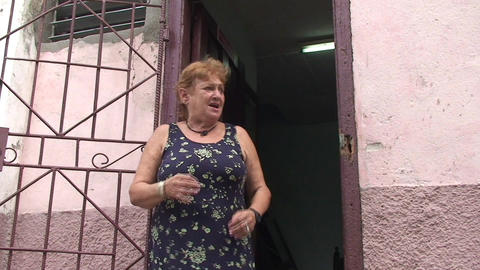 Cuban woman singing on the street (spanish) Stock Video Footage