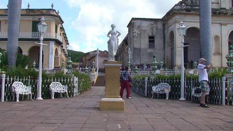 Trinidad Plaza Mayor statue Stock Video Footage
