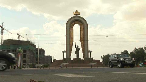 Somoni Statue Cars Dushanbe Tajikistan Footage