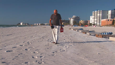 Man with metal detector Stock Video Footage