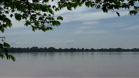 Don Khong uitzicht, view over river Stock Video Footage