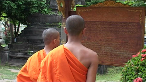 Wat Si Saket temple, monks Stock Video Footage