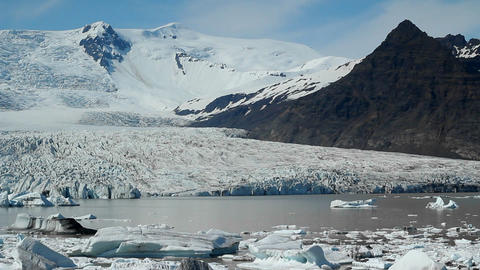 A glacier lagoon in the interior of Iceland Stock Video Footage