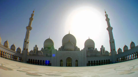 Fisheye tilt to reveal the beautiful Sheikh Zayed  Footage