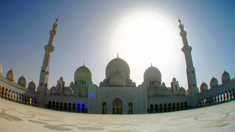 Fisheye tilt to reveal the beautiful Sheikh Zayed Stock Video Footage