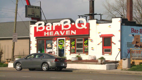 Establishing shot of a Barbecue restaurant Stock Video Footage