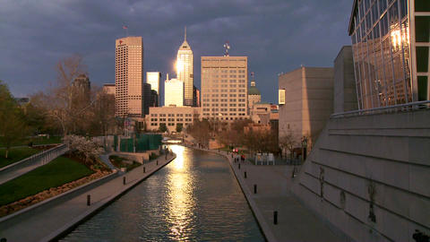 Zoom out from Indianapolis Indiana river walk at d Stock Video Footage