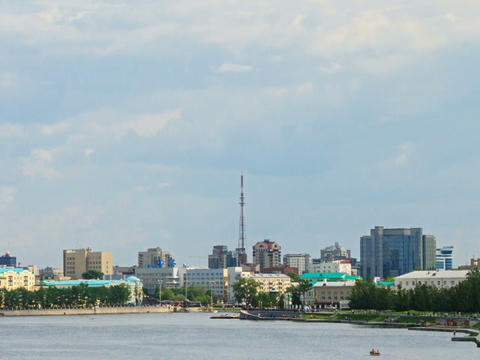 Central pond. Around TV tower. Zoom. Russia, Ekate Stock Video Footage