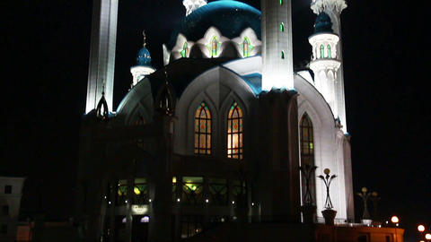 kul sharif mosque at night in kazan russia Stock Video Footage