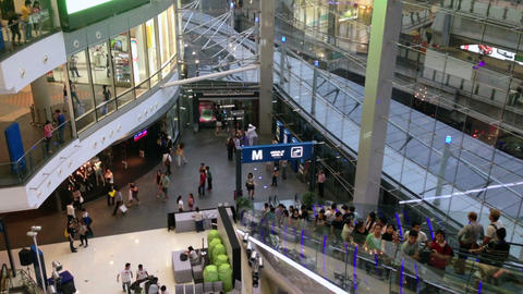 PEOPLE IN SHOPPING MALL Stock Video Footage