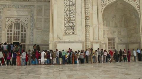 tourists in Taj Mahal - famous mausoleum in Agra I Stock Video Footage