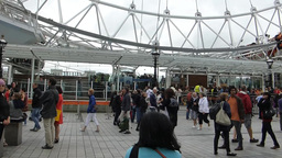 London Eye barding station filled with large group of... Stock Video Footage