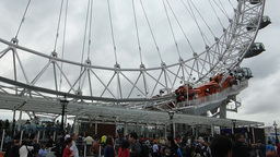 Close up view of London Eye, base of structure, Lo Footage
