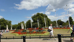 The Queen Victoria Memorial Gardens, Buckingham Pa Stock Video Footage