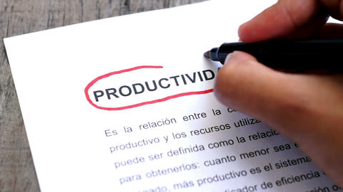 Circling Productivity with a pen (In Spanish) Footage