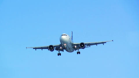 Plane Landing. Blue Sky. HD stock footage