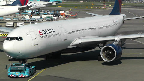 Schipol Airport Amsterdam 11 delta airlines Stock Video Footage
