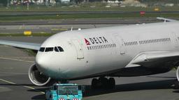 Schipol Airport Amsterdam 13 delta airlines Stock Video Footage