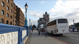 TRAFFIC & PEDESTRIANS CROSSING TOWER BRIDGE WITH S Footage
