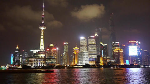 time lapse Shanghai bund at night,Lujiazui business center,Brightly lit ship Animation