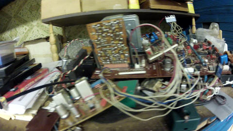 Old radio - workshop Footage