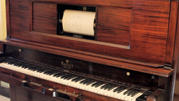 Piano vintage automatic zoom in editorial Footage