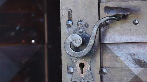 door closes Stock Video Footage