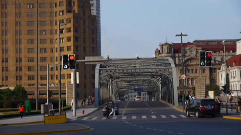 Shanghai bund traffic,waibaidu bridge,Automobile waiting traffic lights Animation