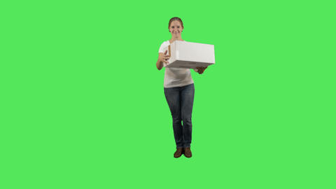Female carrying box Live Action