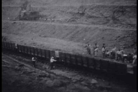 Historic footage from 1912 of the Panama Canal und Footage
