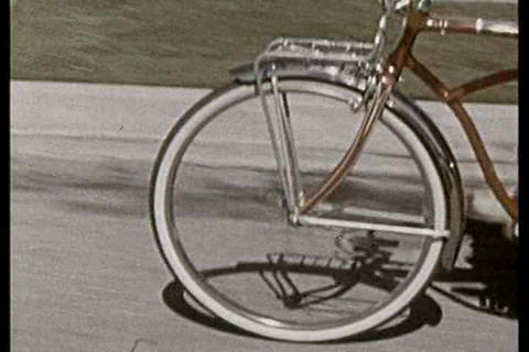 Know the traffic laws before riding your bicycle o Footage