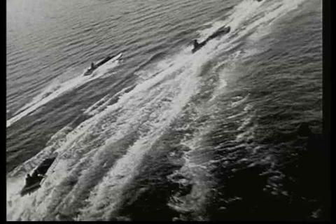 A speedboat race in 1928 filmed from a plane Footage